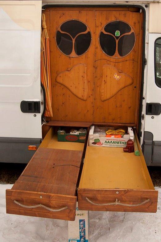 dipa-vasudeva-das-work-van-to-tiny-cabin-conversion-diy-motorhome-00141