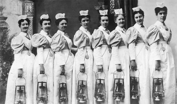 Nurses-Job-Description-600x353