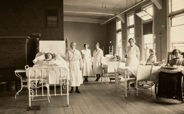vintage-nurses-in-boston-600x372